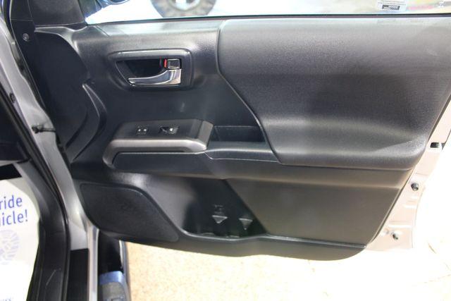 2018 Toyota Tacoma 4x4 TRD Sport in Roscoe, IL 61073