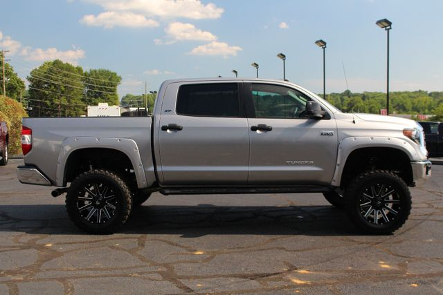 2018 Toyota Tundra SR5 CrewMax 4x4- LIFTED - EXTRA$ - UPGRADE PKG! Mooresville , NC 13