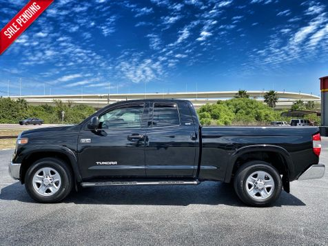 2018 Toyota Tundra BLACK DOUBLE CAB V8 1 OWNER CARFAX CERT in Plant City, Florida