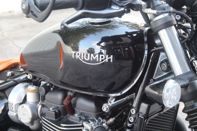 2018 Triumph BONNEVILLE BOBBER BLACK 1200TH in Houston, Texas 77057