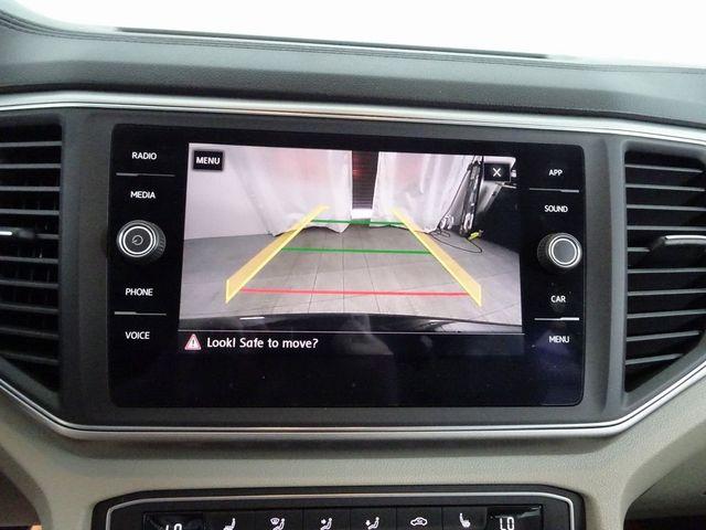 2018 Volkswagen Atlas SE w/Technology and 4Motion in McKinney, Texas 75070