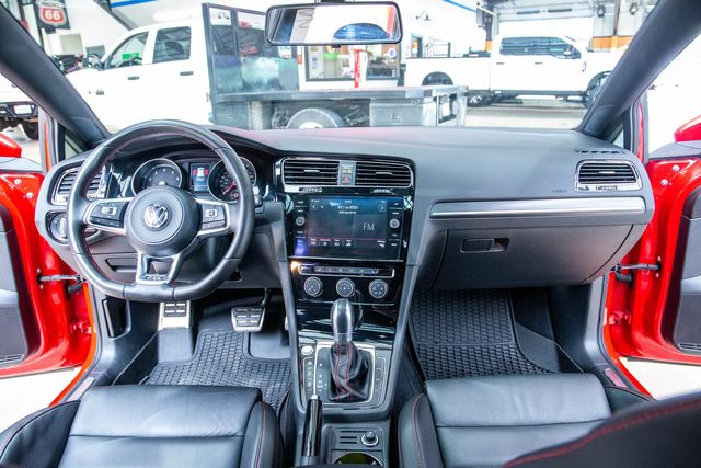 2018 Volkswagen Golf GTI SE in Addison, Texas 75001