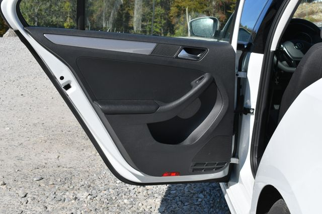 2018 Volkswagen Jetta 1.4T S Naugatuck, Connecticut 12