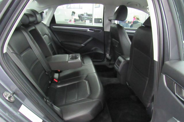 2018 Volkswagen Passat R-Line W/ BACK UP CAM Chicago, Illinois 7