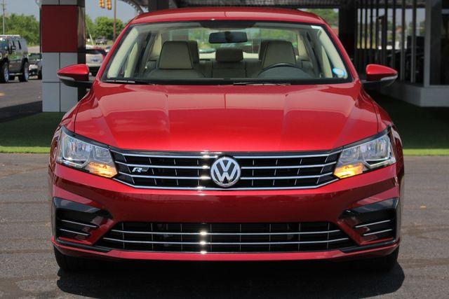 2018 Volkswagen Passat R-Line FWD - ADAPTIVE CRUISE - BLIND SPOT! Mooresville , NC 14