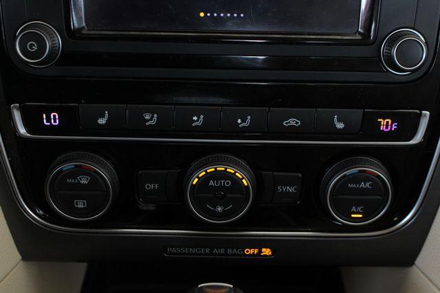 2018 Volkswagen Passat R-Line FWD - ADAPTIVE CRUISE - BLIND SPOT! Mooresville , NC 35