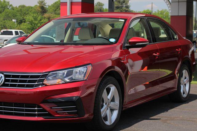 2018 Volkswagen Passat R-Line FWD - ADAPTIVE CRUISE - BLIND SPOT! Mooresville , NC 22