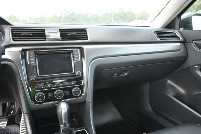 2018 Volkswagen Passat R-Line Naugatuck, Connecticut 21