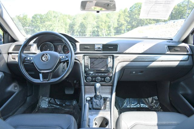 2018 Volkswagen Passat 2.0T SE Naugatuck, Connecticut 16