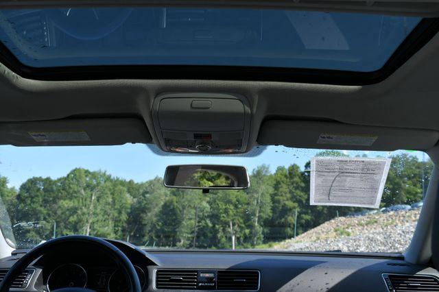 2018 Volkswagen Passat 2.0T SE Naugatuck, Connecticut 18