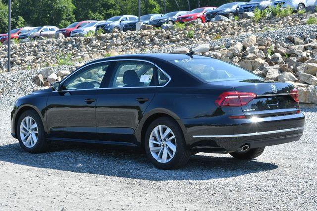 2018 Volkswagen Passat 2.0T SE Naugatuck, Connecticut 2