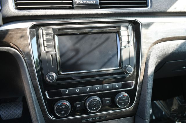 2018 Volkswagen Passat 2.0T SE Naugatuck, Connecticut 22