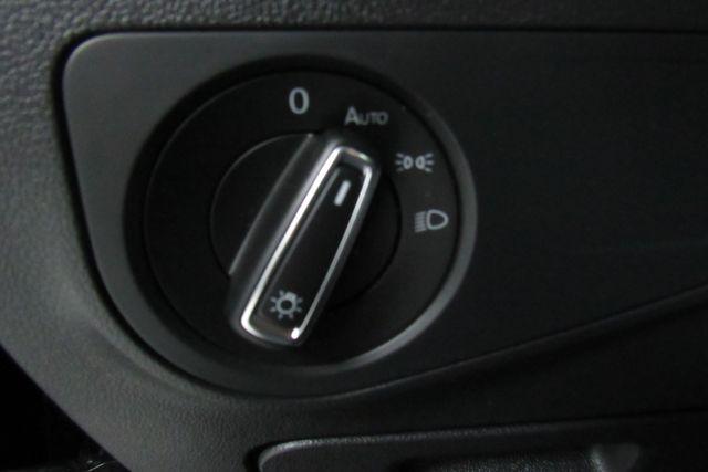 2018 Volkswagen Tiguan SEL W/ BACK UP CAM Chicago, Illinois 23