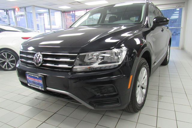 2018 Volkswagen Tiguan SEL W/ BACK UP CAM Chicago, Illinois 4