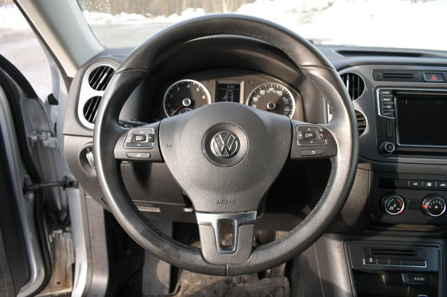 2018 Volkswagen Tiguan Limited Naugatuck, Connecticut 23