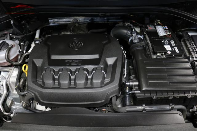 2018 Volkswagen Tiguan SE Merrillville, Indiana 8