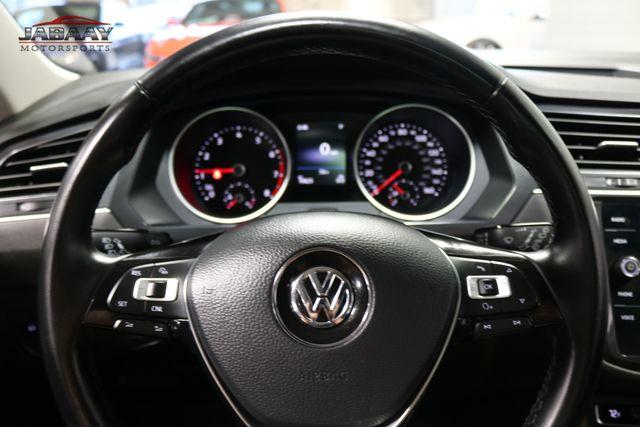 2018 Volkswagen Tiguan SE Merrillville, Indiana 17