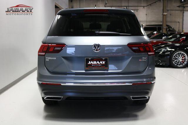 2018 Volkswagen Tiguan SE Merrillville, Indiana 3