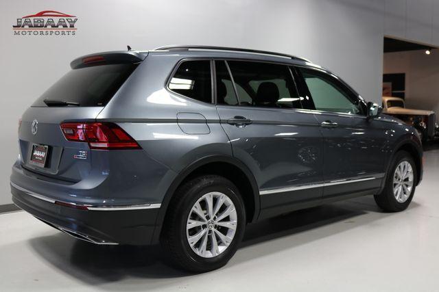 2018 Volkswagen Tiguan SE Merrillville, Indiana 4