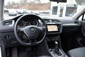 2018 Volkswagen Tiguan SE Waterbury, Connecticut 19