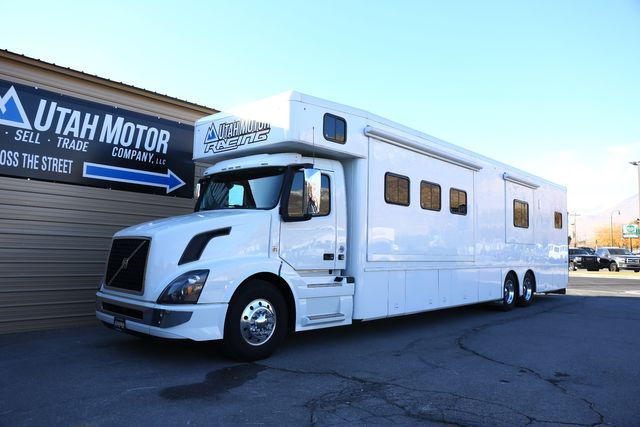 2018 Volvo 600HP Triple slides 27/10 GARAGE COACH in Orem, Utah 84057