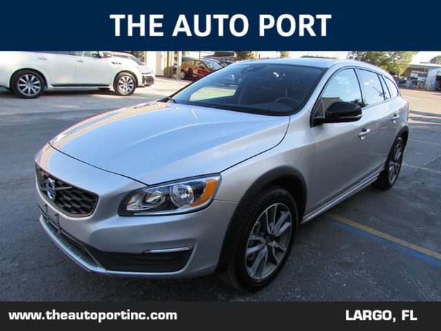 2018 Volvo V60 T5 Cross Country AWD W/NAVI