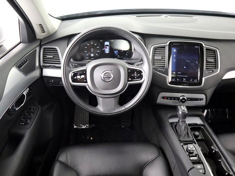 2018 Volvo XC90 Momentum  city Ohio  North Coast Auto Mall of Cleveland  in Cleveland, Ohio