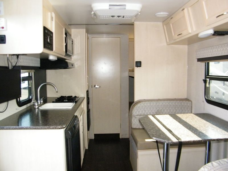 2018 Winnebago Micro Minnie 1700BH  in Surprise, AZ