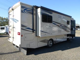2018 Winnebago Vista 30T Salem, Oregon 3