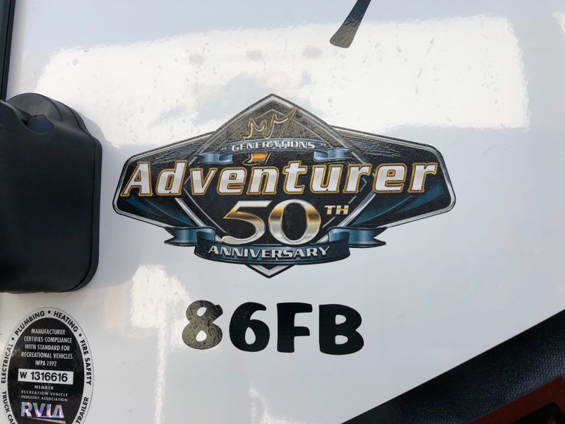 2019 Adventurer 86FB   in Phoenix, AZ