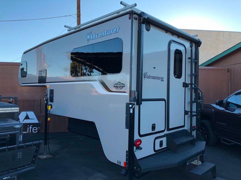 2019 Adventurer 901SB 50th Anniversary Limited Edition  in Phoenix AZ