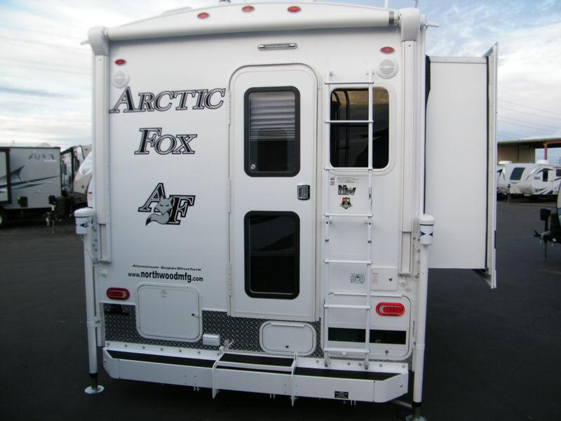 2019 Arctic Fox 811  in Surprise, AZ