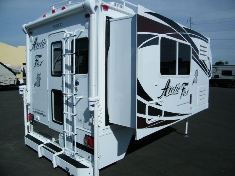 2019 Arctic Fox 990  in Surprise AZ