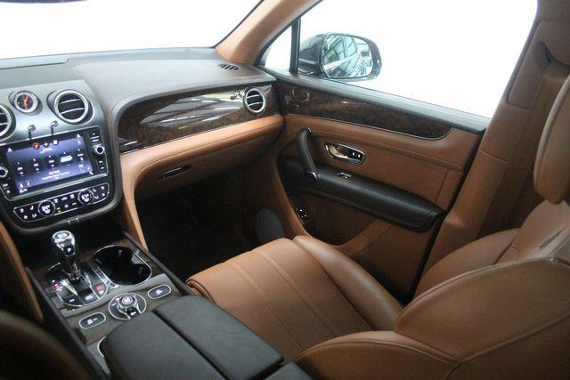 2019 Bentley Bentayga V8 Houston, Texas 18