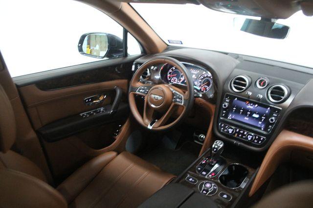 2019 Bentley Bentayga V8 Houston, Texas 19