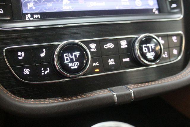 2019 Bentley Bentayga V8 Houston, Texas 23