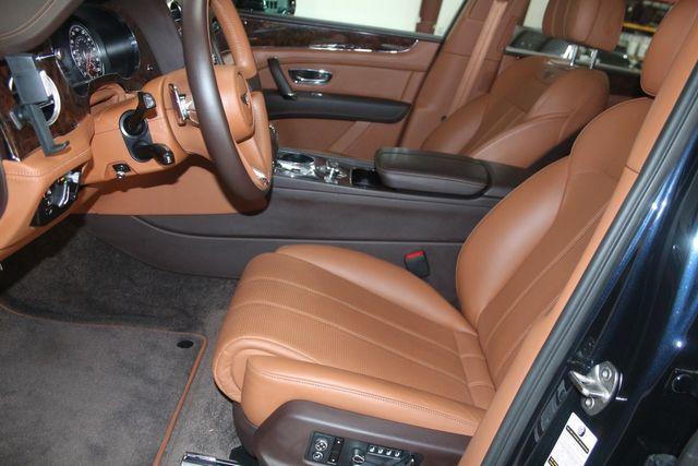 2019 Bentley Bentayga V8 Houston, Texas 29