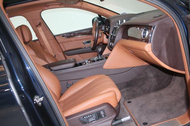 2019 Bentley Bentayga V8 Houston, Texas 31