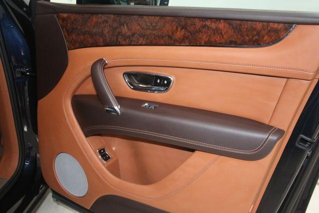 2019 Bentley Bentayga V8 Houston, Texas 32