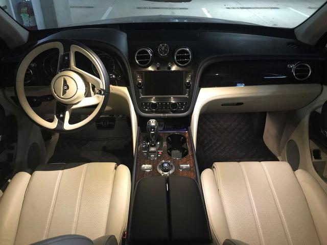 2019 Bentley Bentayga V8 Houston, Texas 10