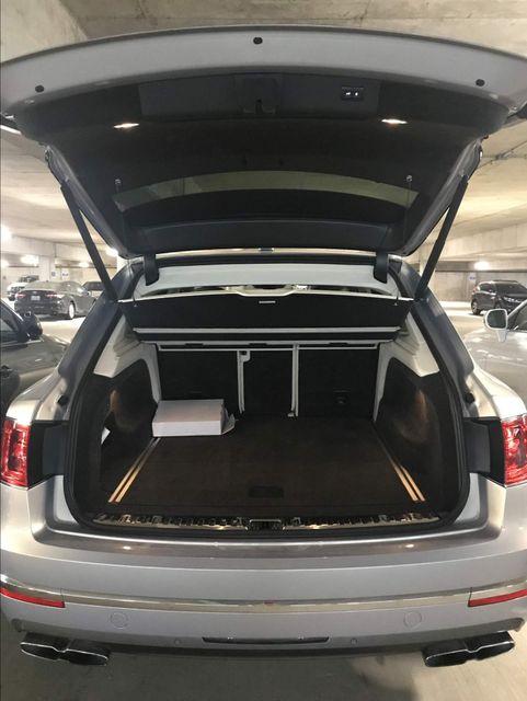 2019 Bentley Bentayga V8 Houston, Texas 11
