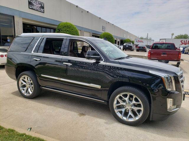2019 Cadillac Escalade Premium Luxury 4x4, NAV, Sunroof, Chromes 34k in Dallas, Texas 75220