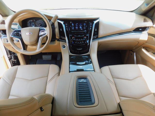2019 Cadillac Escalade ESV Platinum, 4x4, Auto, Sunroof, NAV, Chromes 5k in Dallas, Texas 75220