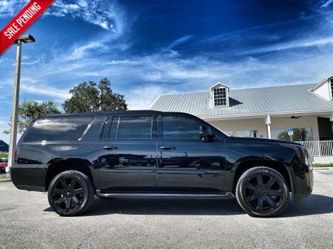 2019 Cadillac Escalade ESV BLACKOUT ESV ALL WHEEL DRIVE CARFAX CERT in Plant City, Florida