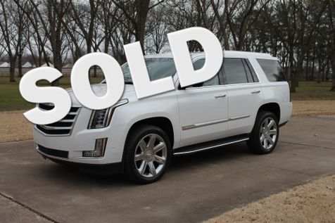 2019 Cadillac Escalade  4WD in Marion, Arkansas