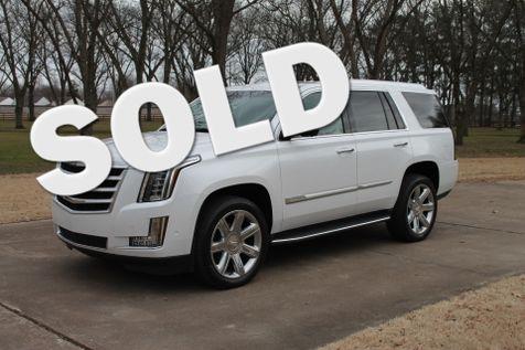 2019 Cadillac Escalade  4WD in Marion, Arkansas