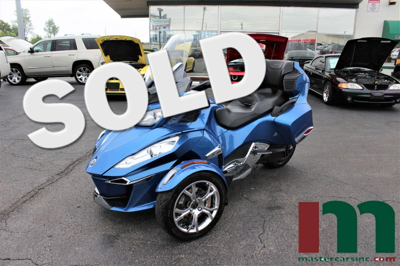 2019 Can-Am Spyder RT Limited Chrome | Granite City, Illinois | MasterCars Company Inc. in Granite City Illinois