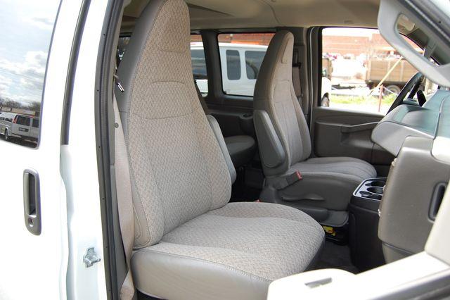 2019 Chevrolet 12 Pass. LT Charlotte, North Carolina 7