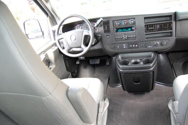 2019 Chevrolet 12 Pass. LT Charlotte, North Carolina 14