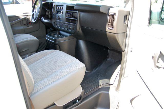 2019 Chevrolet 12 Pass. LT Charlotte, North Carolina 5